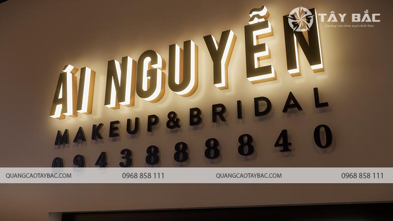 Bộ chữ trang Ái Nguyễn trong tối