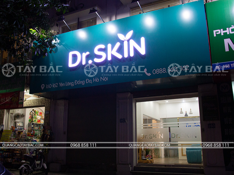 Biển quảng cáo Dr Skin