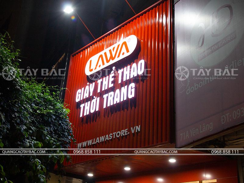 Biển quảng cáo shop giày thời trang