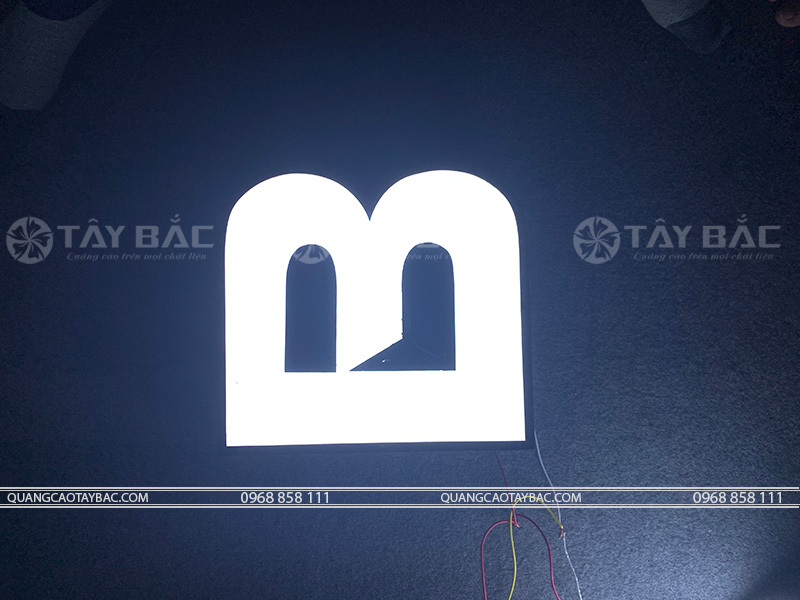 Mẫu chữ TMF-01 trong tối