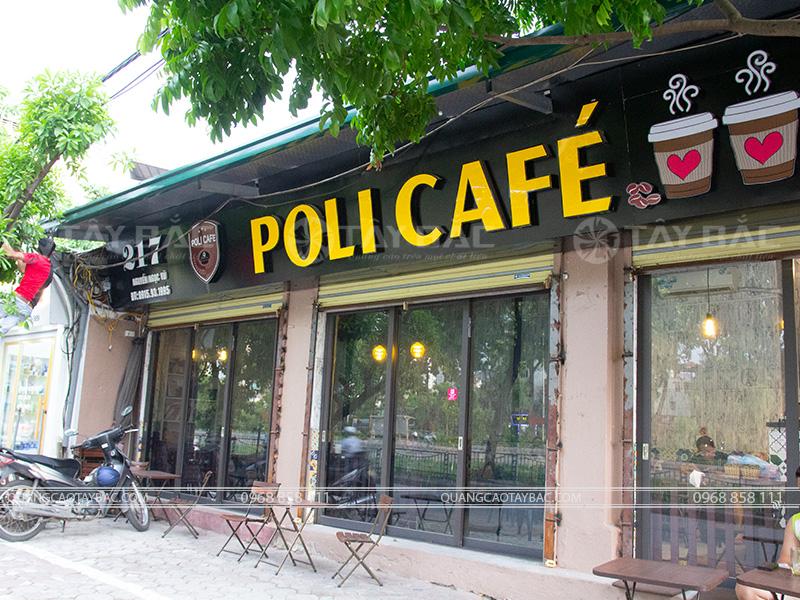 Biển quảng cáo cafe Poli