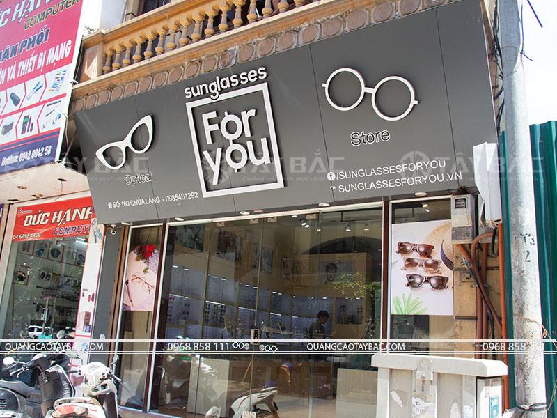 Biển quảng cáo cửa hàng kính mắt