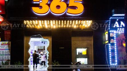 Biển quảng cáo shop thời trang 365