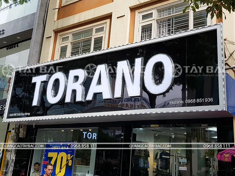 Biển quảng cáo thời trang Torano