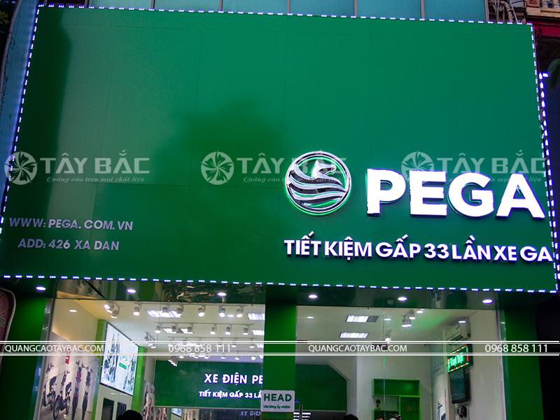 Biển quảng cáo xe điện Vega