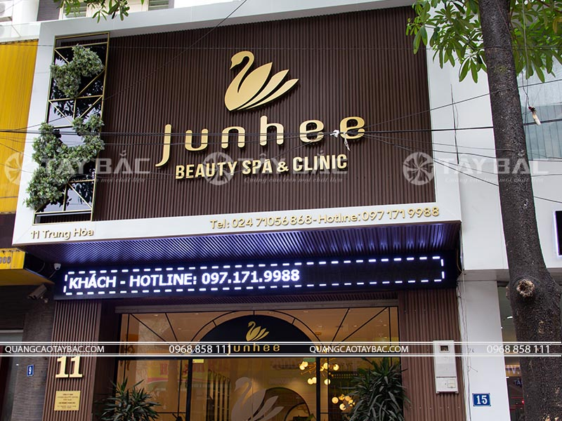 Biển quảng cáo spa Jun Hee