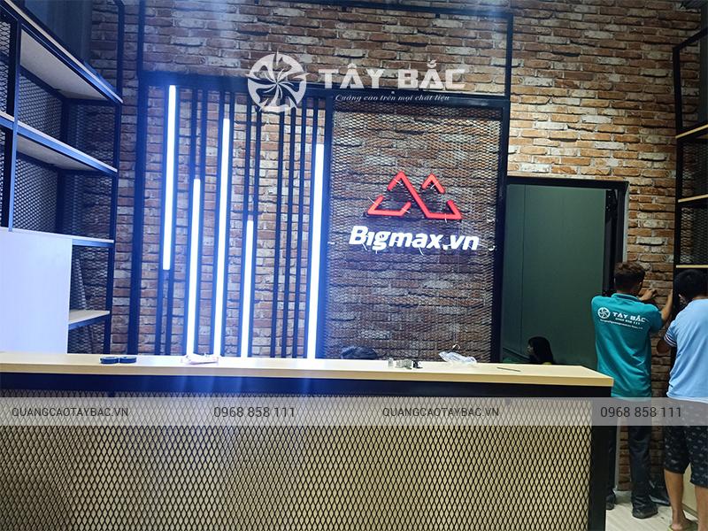 thi công nội thất phụ kiện điện thoại bigmax Bắc Ninh