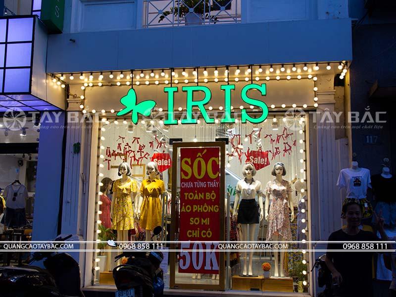 biển hiệu shop thời trang Iris