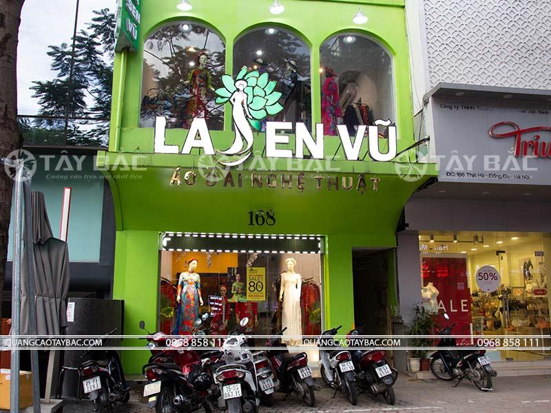 biển hiệu shop áo dài Lasen Vũ