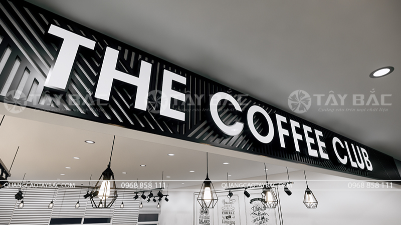 biển chính cửa hàng coffee Club